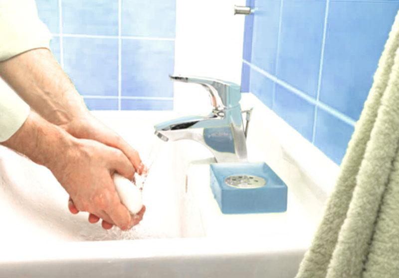мыть руки чаще