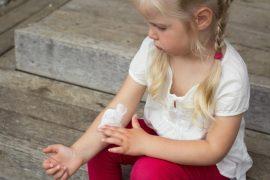 Как быстро вылечить псориаз, возникший на ногах?