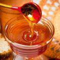 Лечение псориаза медом и другим продуктами пчеловодства